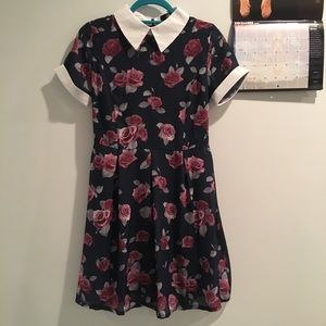 Retro floral dress NWOT